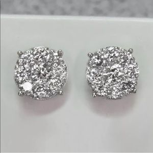Other - Brand new!!!!!Stunning diamond earrings 0.8ct